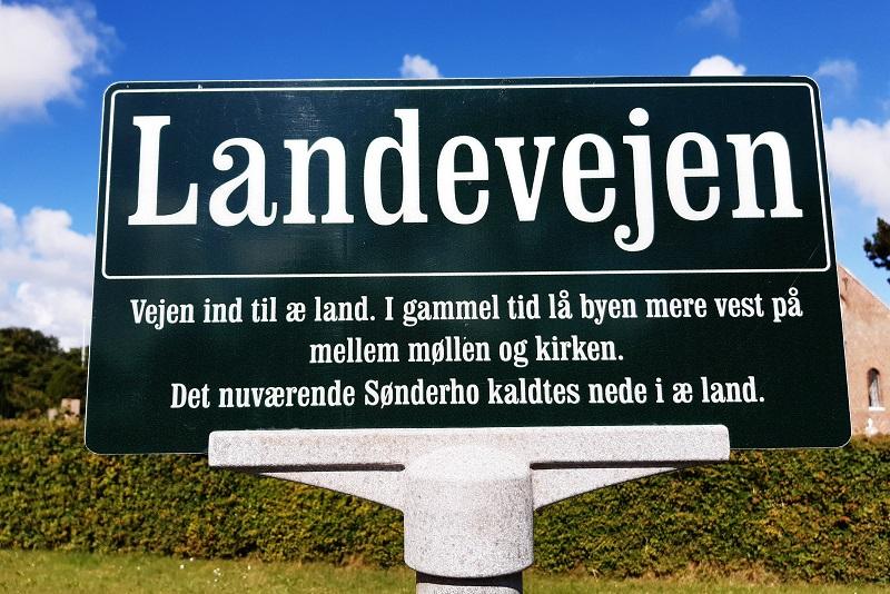 Fine vejskilte i Sønderho