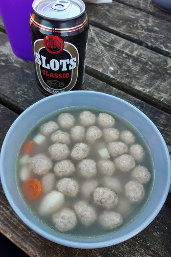 Vintertur med varm suppe